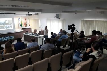 Câmara de Guabiruba apresenta novo sistema de votação, agora digital