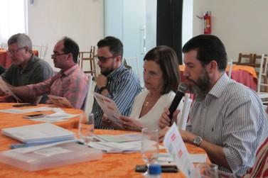 Deputada Federal Eleita Angela Amin participa de reunião itinerante da ACIBr