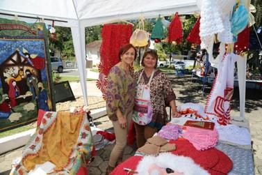 Fim de semana em Guabiruba conta com desfile e tenda natalina