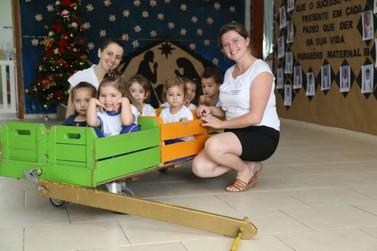 Trenzinho da Fofura continua fazendo sucesso entre as crianças de Guabiruba