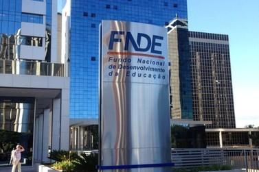 Ministro da Educação exonera servidores do FNDE