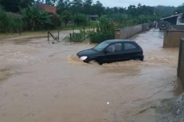 Secretaria de Obras de Guabiruba trabalha na recuperação de vias