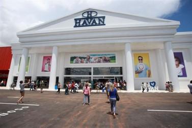Simulacro de bomba é encontrado no estacionamento da Havan em Brasília