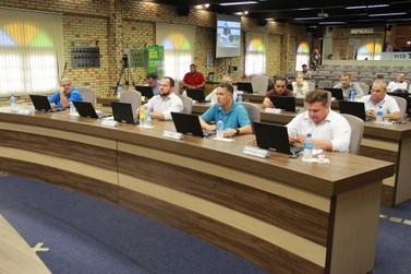 Confecção de carteiras de trabalho permanecem em Brusque
