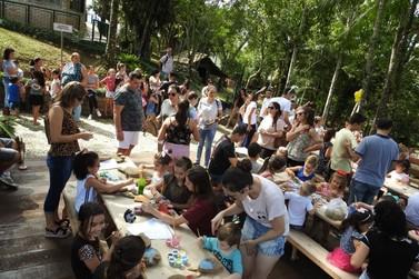 Páscoa no Zoo reúne mais de 2 mil pessoas