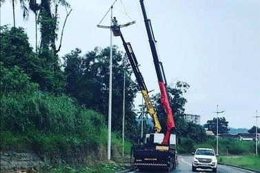 Prefeitura de Brusque implementa iluminação nos novos trechos da Beira Rio