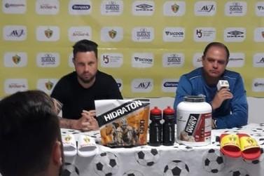 Waguinho Dias elogia crescimento do clube e projeta duelo contra o Gaúcho