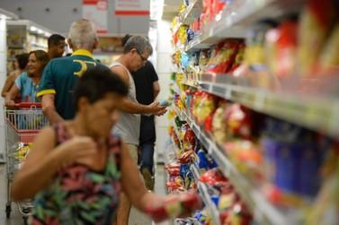 Proprietária de mercado é condenada por vender produtos vencidos