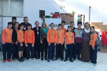12 alunos do Sesi de Brusque são premiados no Canguru da Matemática Brasil