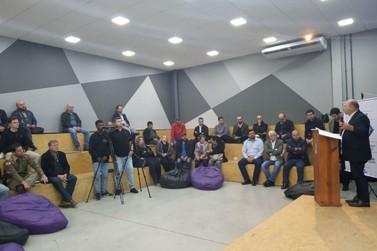 Autoridades e empreendedores acompanham lançamento do Cidade Empreendedora