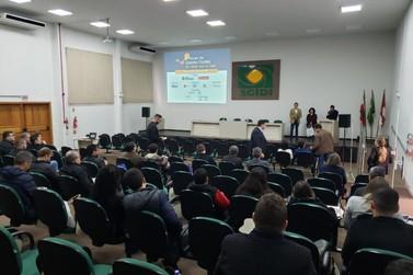 Brusque recebe prêmiopor uso de tecnologia na área educacional