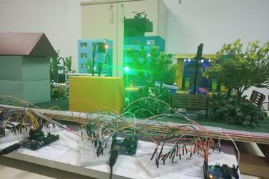 Centro Municipal de Inclusão Digital recebe 27 computadores
