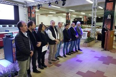 Prefeito e vice-prefeito de Brusque comemoram consolidação do Festival Nacional