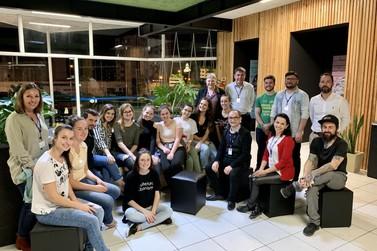 Acadêmicos revitalizam espaços de convivência na Unifebe
