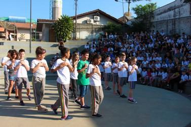 Alunos da Escola João Hassmann concluem metodologia 'Nosso Planeta Nossa Casa'