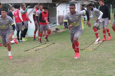 Brusque intensifica preparação para estreia na Copa Santa Catarina