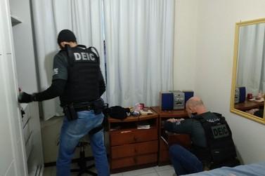 Operação do Deic prende uma pessoa em Brusque