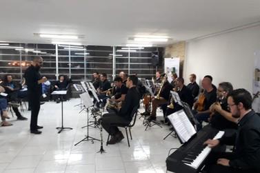 Big Band Brusque faz pré-estreia na Fundação Cultural