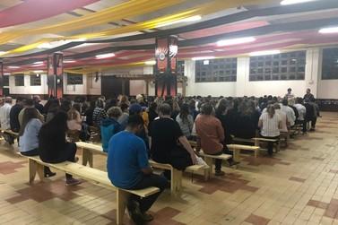 Reunião orienta participantes do desfile de abertura da 34ª Fenarreco
