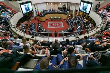 3º Batalhão de Bombeiros Militares recebe honraria da Assembleia Legislativa