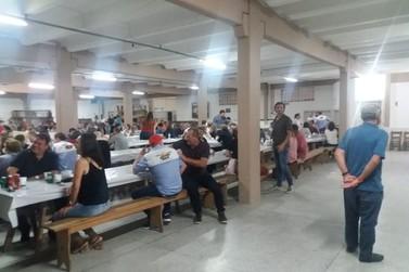 Apae de Brusque é beneficiada com Macarronada Solidária, em Botuverá