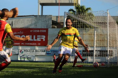 Brusque vence Marcílio Dias e larga na frente da final da Copa SC
