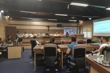 Câmara apresenta comissão de educação e formulário online que medirá qualidade