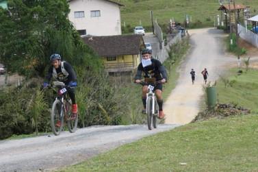 Policiais do PROERD conquistam bicampeonato em corrida de aventura