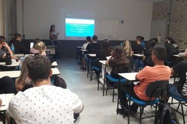 Palestra aborda atuação do profissional de Educação Física no SUS
