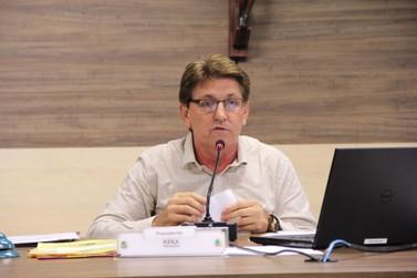 Zancanaro e Ivan Martins renunciam, Keka Morelli assume a presidência da Câmara