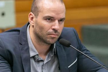 """Deputado catarinense defende """"direito da mulher"""" ser """"assediada"""""""