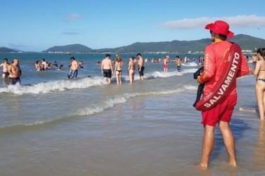 Placas de sinalização e reforço são anunciados para o litoral de Florianópolis
