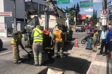 Samae inicia Operação Tapa Buraco na cidade