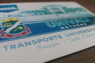 Secretaria de Educação promove reunião sobre transporte universitário