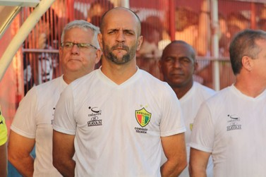 """Jersinho lamenta queda na segunda etapa: """"não conseguimos manter o ritmo"""""""