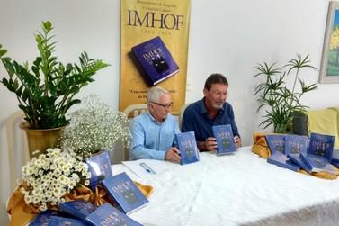 Escritor Valério Imhof lança seu segundo livro