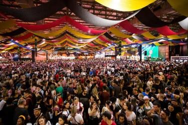 Oktoberfest é adiada para novembro, mas ainda corre risco de não ser realizada