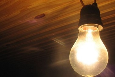 Celesc restabelece sistema elétrico a cerca de 1 milhão de unidades consumidoras