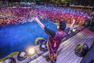 Festival é realizado em Wuhan, município chinês berço da pandemia