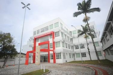 """Ministério Público investiga suposta """"furação de fila"""" no SUS de Brusque"""