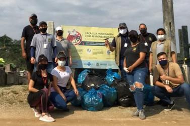 Mutirão de limpeza em cemitérios recolhe 60 sacos de lixos