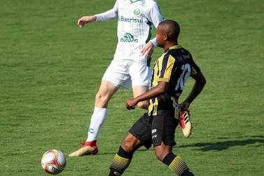 Volta Redonda tropeça em casa e Brusque mantém a liderança do grupo na Série C