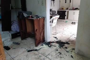 Homem se queima e é levado ao hospital após explosão de gás, em Blumenau