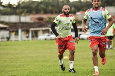 Jersinho relaciona 20 atletas para jogo com o Volta Redonda; reforços na lista