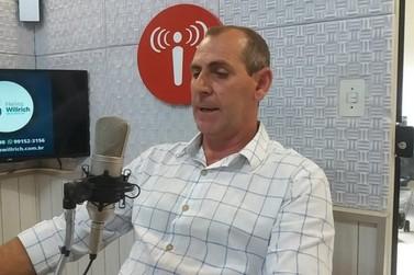 """Fomos pegos de surpresa"", diz prefeito de Botuverá sobre as 19 doses da vacina"