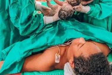 Mãe que deu à luz trigêmeos em Itajaí morre no hospital