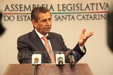 Presidente da Alesc, Júlio Garcia é preso na 2ª fase da Operação Alcatraz