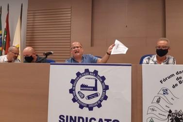"""Presidente do Sintrafite classifica acusações de Luciano Hang como """"um teatro"""""""