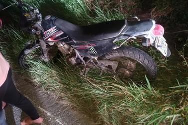 Acidente de moto deixa jovem com ferimentos graves na rodovia SC 486