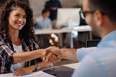 CIEE oferece oportunidades para jovens iniciarem carreira profissional